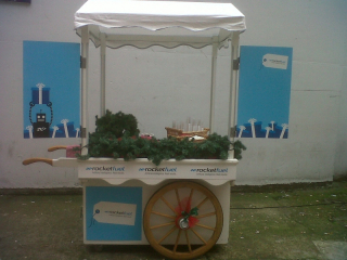 mulled-wine-cart-branded